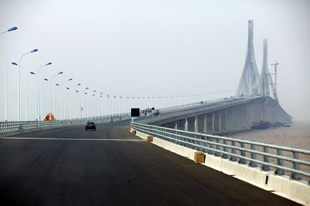 Donghai_Bridge_hanghai_Yangshan_Island