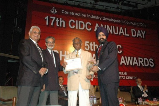 EngineeringCivil.com Awarded Best Online Publication Award by CIDC