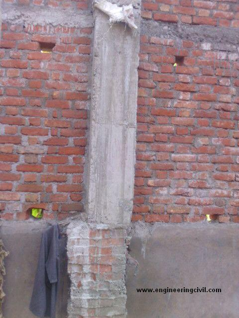 column is not aligned with the lower brick pedestal